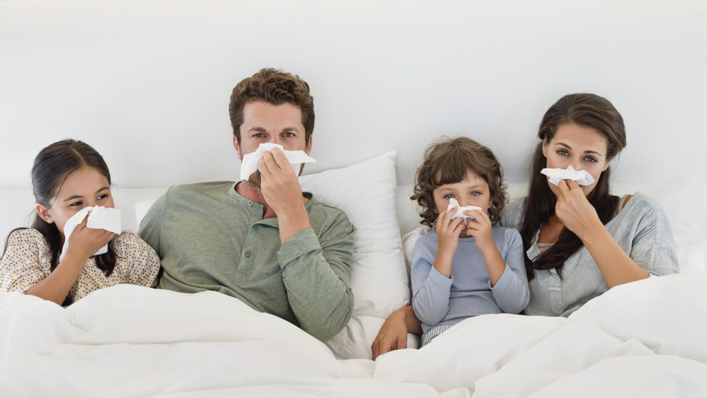 https://www.oneescape.ie/wp-content/uploads/2018/01/flu-or-cold-contagious-period.jpg